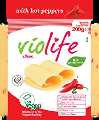Die Scheiben Chili von Violife sind ein herzhaft feuriger Käseersatz in SCheibenform für alle, die richtig Chili auf dem Brot wollen. Zwar brennt er nicht unmäßig, aber man merkt ihn schon recht deutlich!