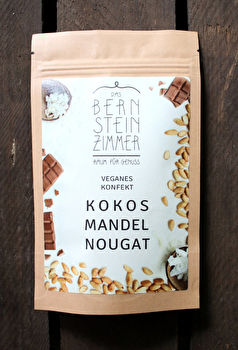 Helles Pralinen Konfekt °Kokos Mandel Nougat° von Bernsteinzimmer günstig bei Kokku im Veganshop kaufen!