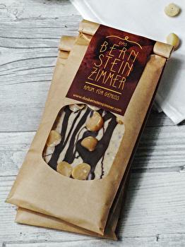 Weiße Schokolade °Macadamia Black & White° von Bernsteinzimmer günstig bei Kokku im Veganshop kaufen!