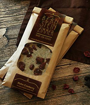 Weiße Schokolade °Mohn Vanille mit Cranberry° von Bernsteinzimmer günstig bei Kokku im Veganshop kaufen!