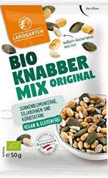 Der Landgarten Knabber-Mix vereint die verschiedenen Bio-Sorten und bringt sie in eine Tüte!