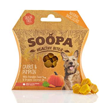 Die Healthy Bites Carrot & Pumpkin von Soopa sind kleine Leckerlies für Deinen Liebling! Jetzt günstig bei kokku im veganen Onli
