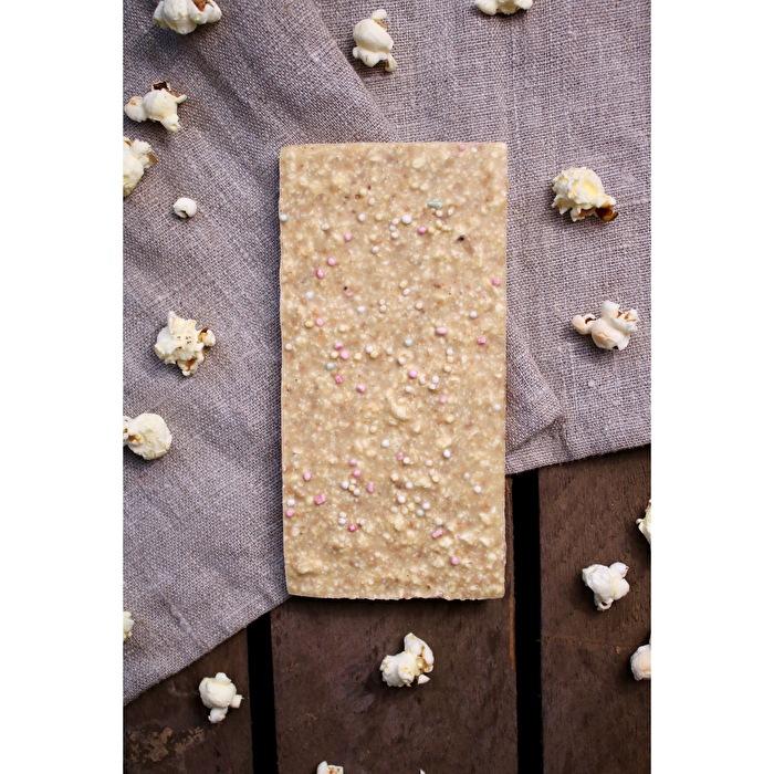 Weiße Schokolade °Popcorn Karamell° von Bernsteinzimmer günstig bei Kokku im Veganshop kaufen!